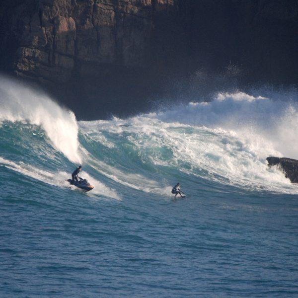 Evento de surf en la isla de mouro